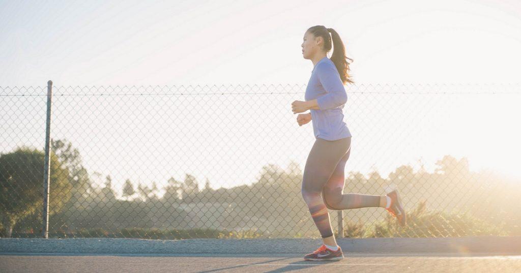 Como começar a correr - mulher correndo