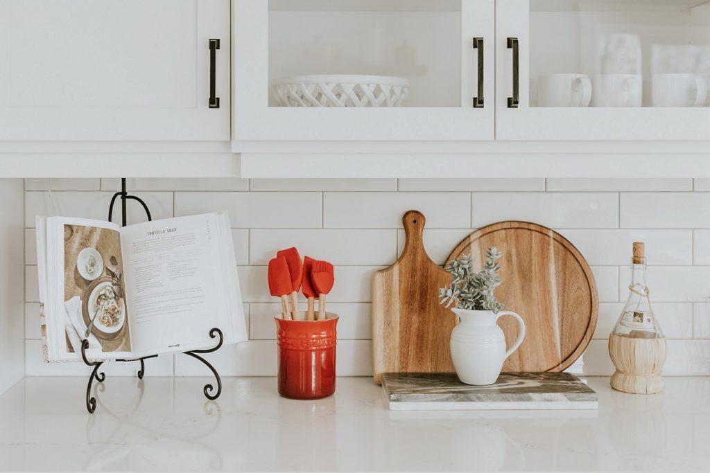 como repaginar a cozinha - objetos de decoração